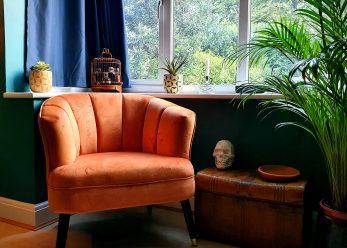 Chair bay window
